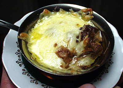 Как называется блюдо фарш завернутый в виноградные листья - ede