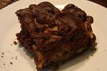 Как приготовить Шоколадный пирог с яблоками и корицей