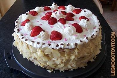 Рецепт торта со взбитыми сливками и фруктами